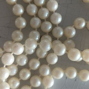 Long Pearl necklace, vintage -70's